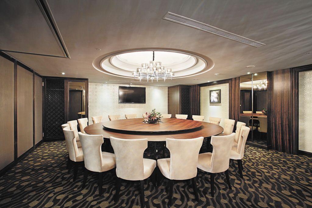 现代风格米色轻奢餐厅设计图
