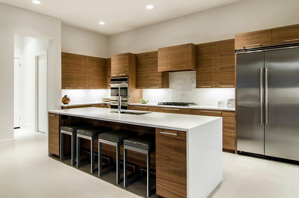 原木色北欧风格厨房橱柜装修效果图片