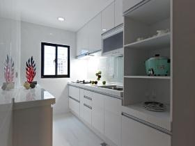简约风格白色厨房橱柜装饰图片