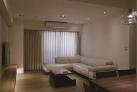 米色极简风格客厅装潢