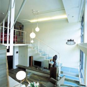 蓝色现代风格客厅楼梯效果图赏析