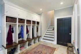 白色宜家风格玄关衣柜鞋柜效果图欣赏