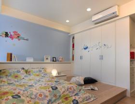蓝色简约风格儿童房榻榻米效果图欣赏