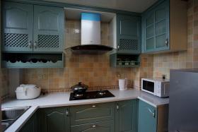 美式绿色厨房厨柜设计装潢