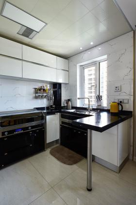 精致简约风格厨房橱柜设计案例