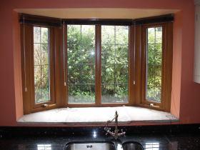 红色美式风格厨房窗户装潢