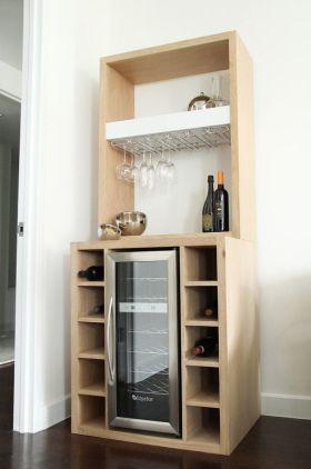 简约风格米色酒柜装潢设计