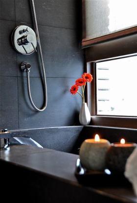 新中式风格灰色卫生间装修布置