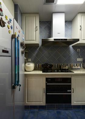 2016时尚新古典风格厨房橱柜设计欣赏