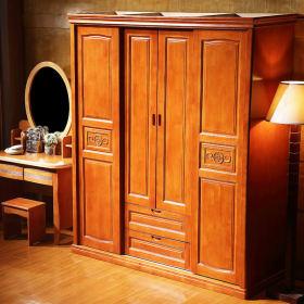 红色中式风格衣柜装修布置