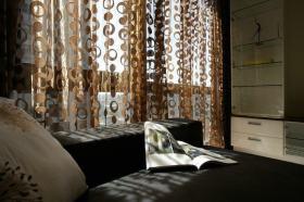 简约风格客厅窗帘图片欣赏