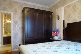 质朴休闲美式卧室衣柜设计图
