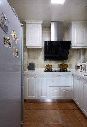 2016雅致实用混搭厨房装修布置