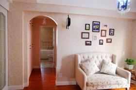 粉色美式照片墙装潢