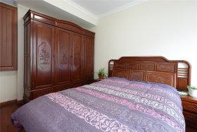 沉稳原木雅致中式卧室设计图片
