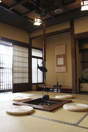 传统经典日式舒适榻榻米装饰图