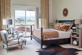 东南亚风格舒适浪漫卧室赏析
