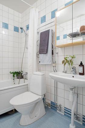 宜家白色舒适卫生间设计案例