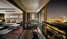 靓丽时空感现代风格阳台装潢美图欣赏