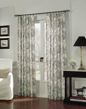 现代风格淡雅白色浪漫窗帘图片欣赏
