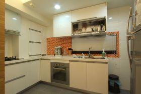 现代风格米色厨房装饰图