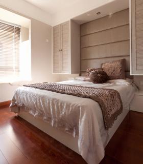 浪漫米色欧式卧室图片欣赏