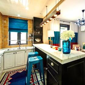 蓝色现代风格厨房吧台装修图