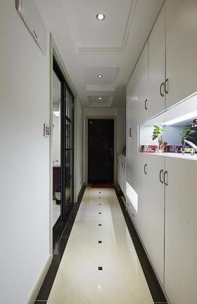 白色现代风格实用收纳型过道装潢装饰案例