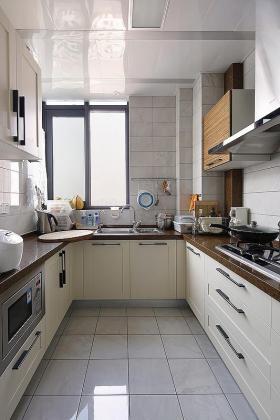 自然雅致田园风格米色厨房欣赏