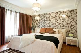 简欧风格浪漫米色卧室设计欣赏