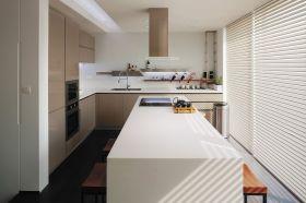 简约宜家风格米色厨房设计图片