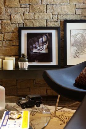 黑色美式风格照片墙图片欣赏