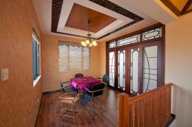 混搭个性橙色休闲室装饰设计图片
