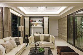 白色简欧客厅美图欣赏