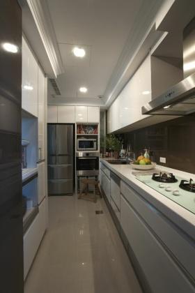 灰色现代风格厨房橱柜图片