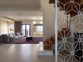 白色现代风格玄关镂空隔断设计欣赏