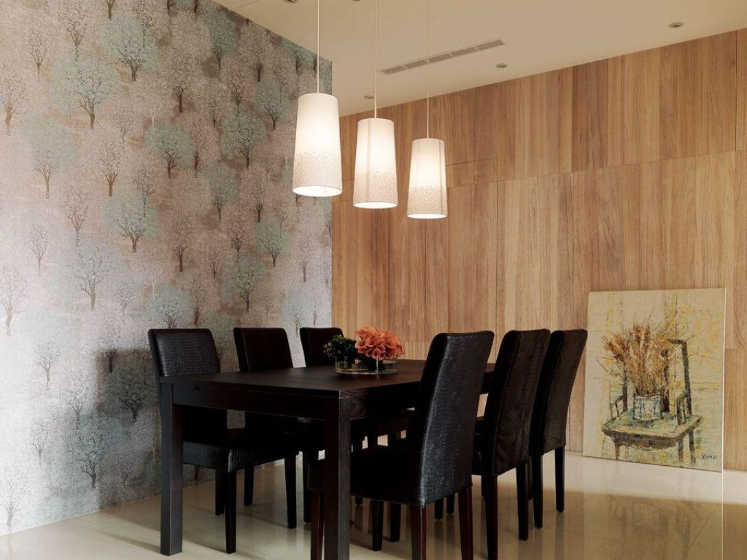 原木色混搭风格餐厅木板装饰墙面图片