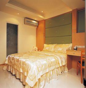 黄色现代卧室装修图