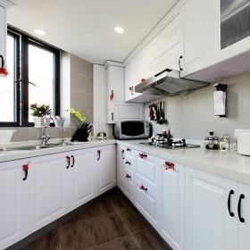 小户型简欧白色厨房图片欣赏