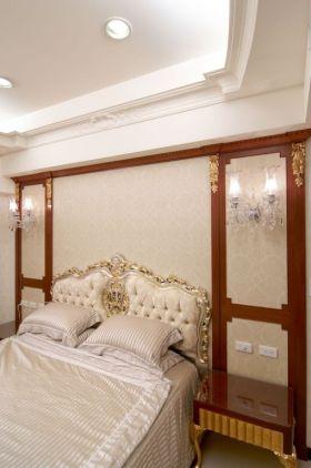 新古典风格卧室背景墙装修设计