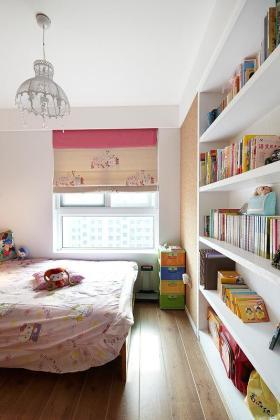 粉色简约风格儿童房书柜装饰图