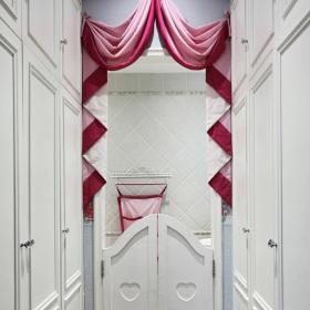 粉色欧式风格窗帘装饰图片