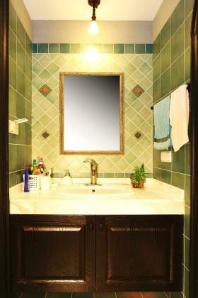 清新美式绿色卫生间装潢设计