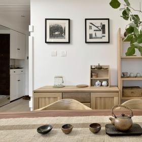 原木色日式风格餐厅照片墙设计赏析