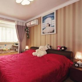 美式风格红色卧室装修图片