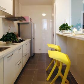 田园风格黄色厨房吧台美图