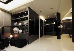 黑色现代风格过道装饰柜装饰图