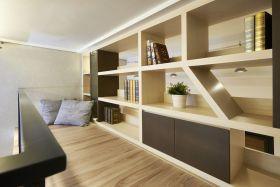 阁楼书房装修布置