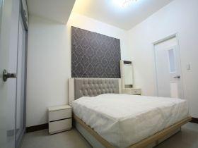 简欧风格白色卧室装修图片