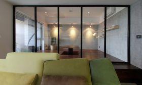 白色现代风格玻璃门隔断效果图